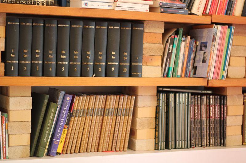 bibliothèque cinq avenues marseille